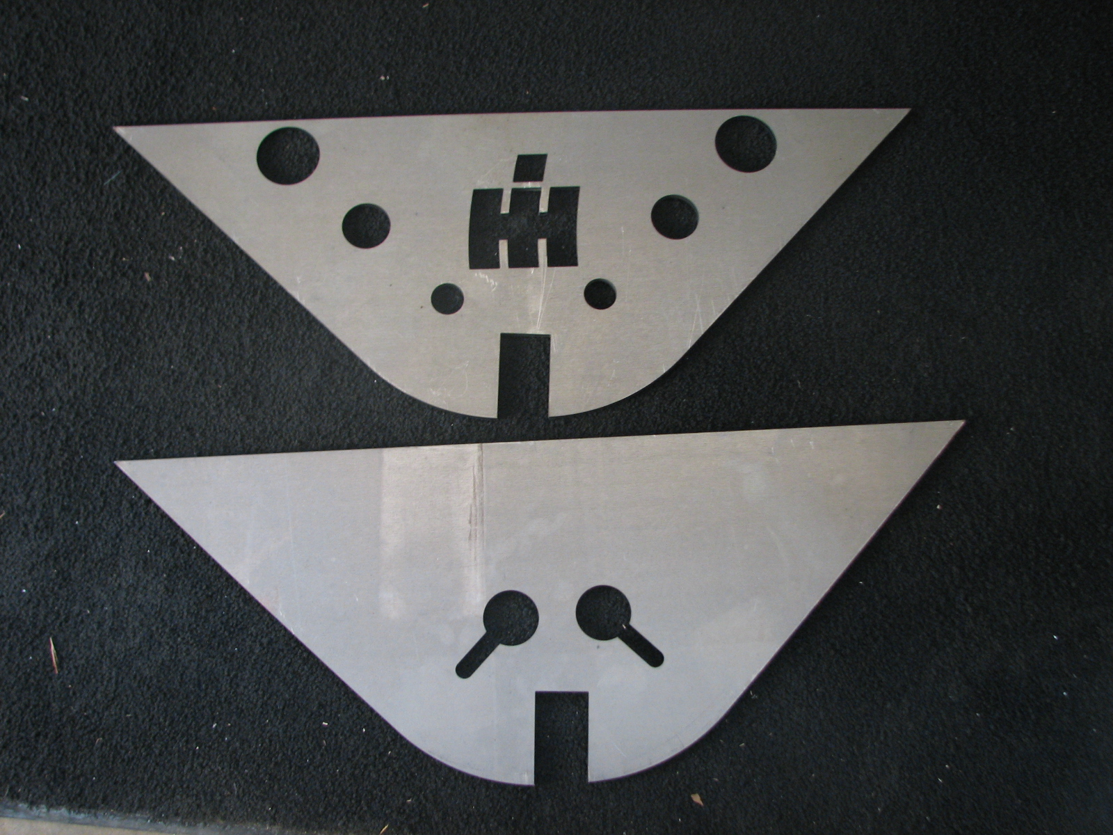 axle mounting plates